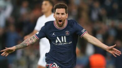 Photo of Messi Scores Superb First PSG Goal In Win Against Man City